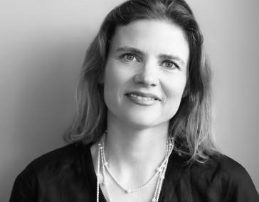 Julia Hauser