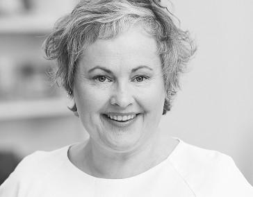 Dr. Christina Kraus