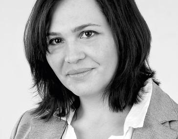 Dr. Carmen Fritz